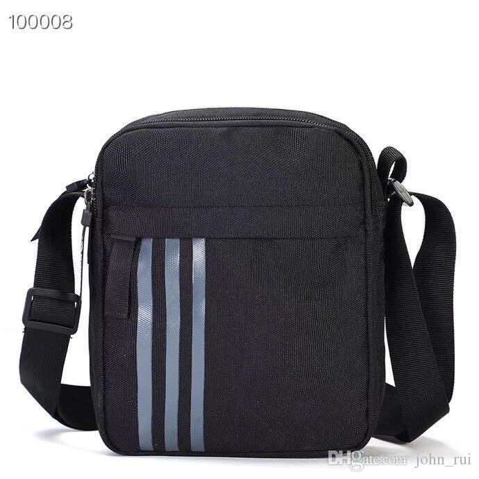 2019 Novo tipo de bolsa masculina com um ombro e ombro oblíquo. Versão coreana masculina de estudantes de Chao'canvas peito casual mochila DHL