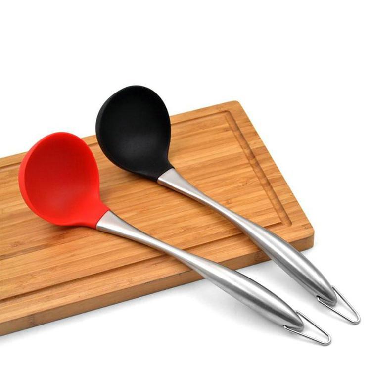 Zuppa silicone cucchiaio antiaderente termoresistente Scoop con cavità dell'acciaio inossidabile maniglia cucina d'zuppa Cucchiaio