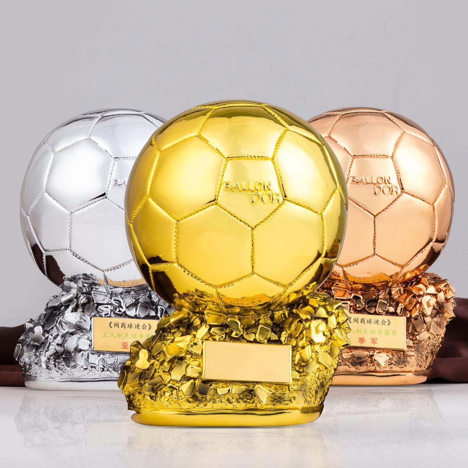 2022 Campeón de Fútbol Fan Trophy Titan Copa de oro del balón de fútbol que anima recuerdos Arte de la resina de recuerdo Trofeos