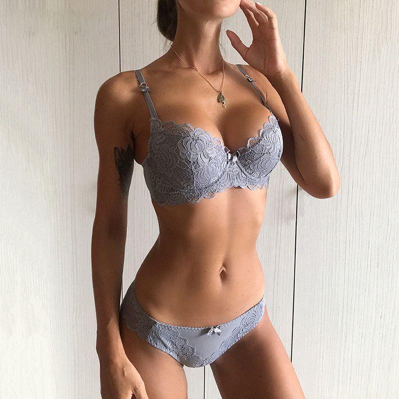 Soutien-gorge sexy Ensemble coton mince femmes Sous-vêtements Taille Plus C D Cup broderie Push Up Lace Lingerie Set Noir