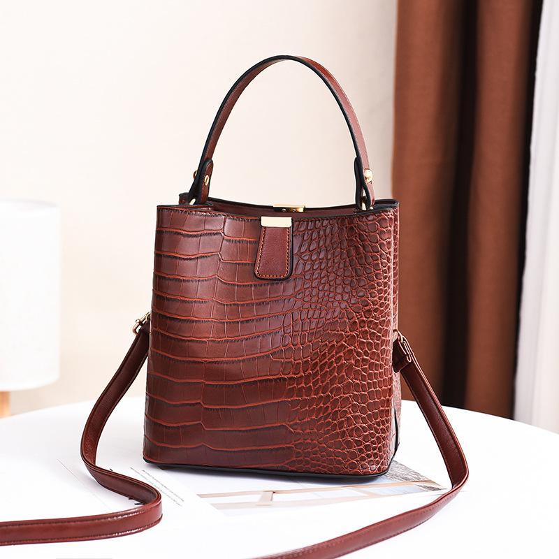 2020 yeni kadın moda tek omuz çapraz taş desen kadın çantası düz renk pu deri kova çanta toptan