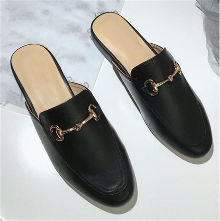 Hot Sale-Marca mulas Princetown Mulheres Chinelos mulas Flats couro genuíno metal moda Ladies Cadeia Casual sapatos tamanho 34-41