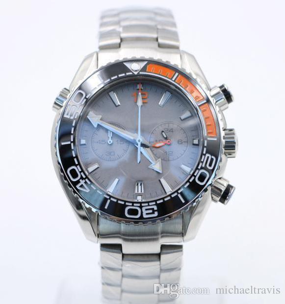 3 Styles 44MM Masculine Mens Quarz Chronograph Silver Diver Montres Célèbre Lunette Céramique Boucle Papillon