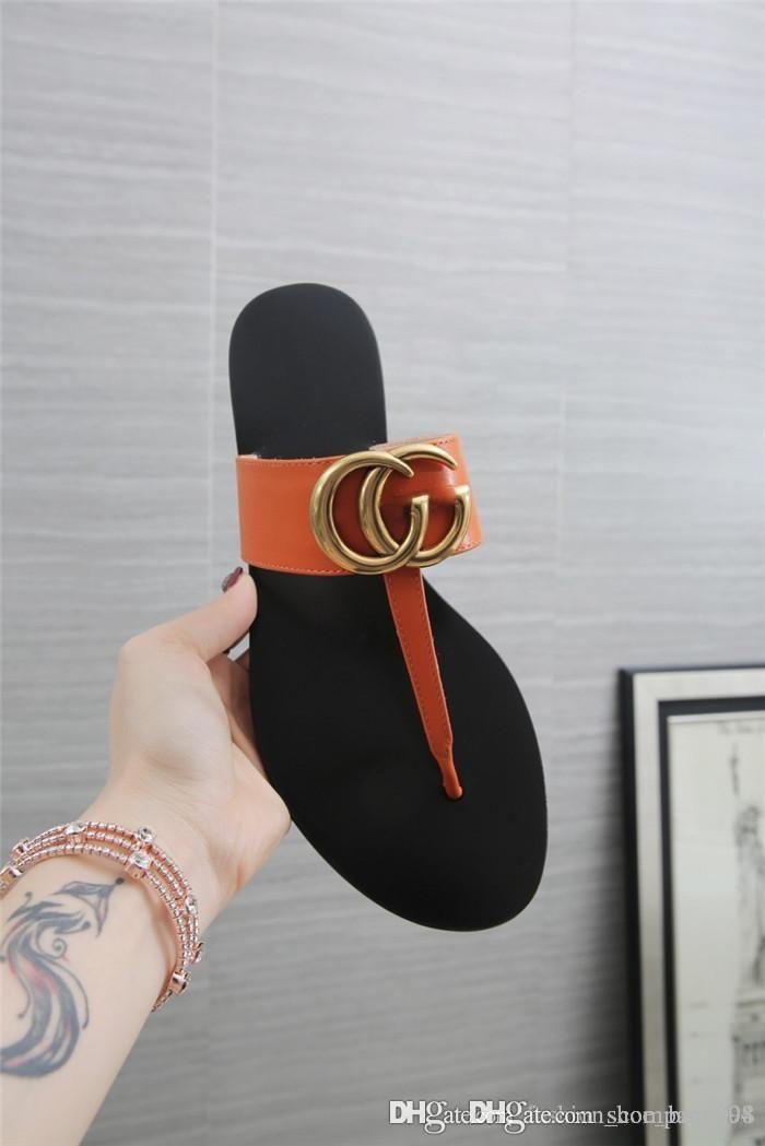 Homens e mulheres da tampa clássico-flops chinelos, bezerro High-end com hardware decoração chinelos chinelos Pacote completo