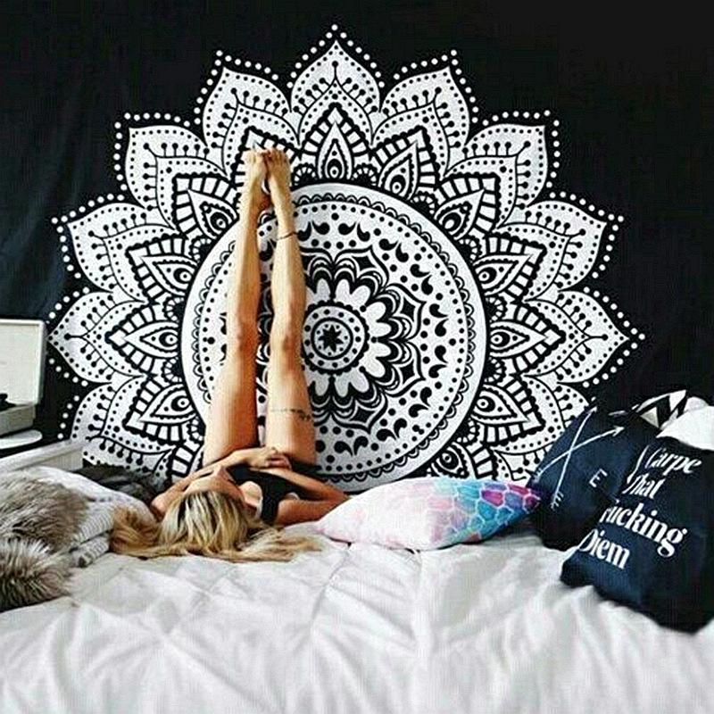 흑인과 백인 태피스트리 벽걸이 태피스 트리, 만다라 태피스트리 인도 전통 코튼 프린트 보헤미안 히피 대형 벽 예술품 79x59