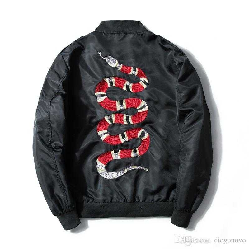 2018 Hombres chaqueta de aire del ejército de vuelo Bobmer hombres de la capa de la chaqueta de diseño de moda Embroide muelles de punk Coats