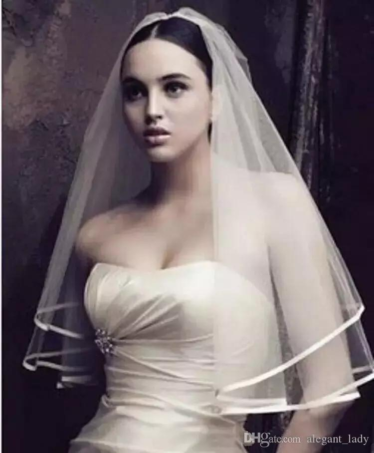 Cheap White Bridal Veils Two Layers In Stock Wedding Veils with Ribbon Edge Elbow LeHonor Dresses Long Wedding Party Guest Gowns Custom Made