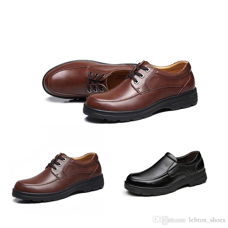 2019 Top-Qualität Herren-Schuhe Herren Business Dress Up Lederschuhe Triple-schwarz grau Winter Plus Velvet koreanischer Freizeitschuh