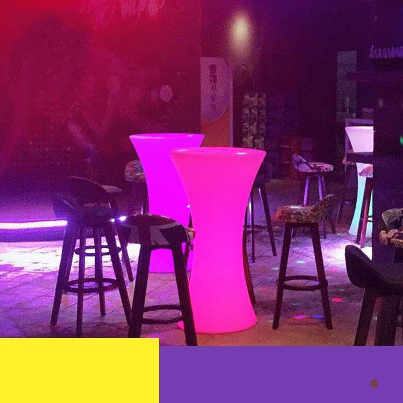 Tavoli Luminosi Da Esterno.Acquista Nuovo Tavolo Da Cocktail Luminoso A Led Ricaricabile Ip54