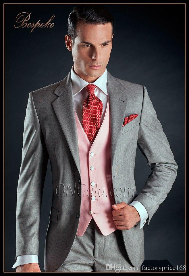 Fashionable Two Buttons Groomsmen Notch Lapel Groom Tuxedos Men Suits Wedding/Prom/Dinner Best Man Blazer(Jacket+Pants+Tie+Vest) 554