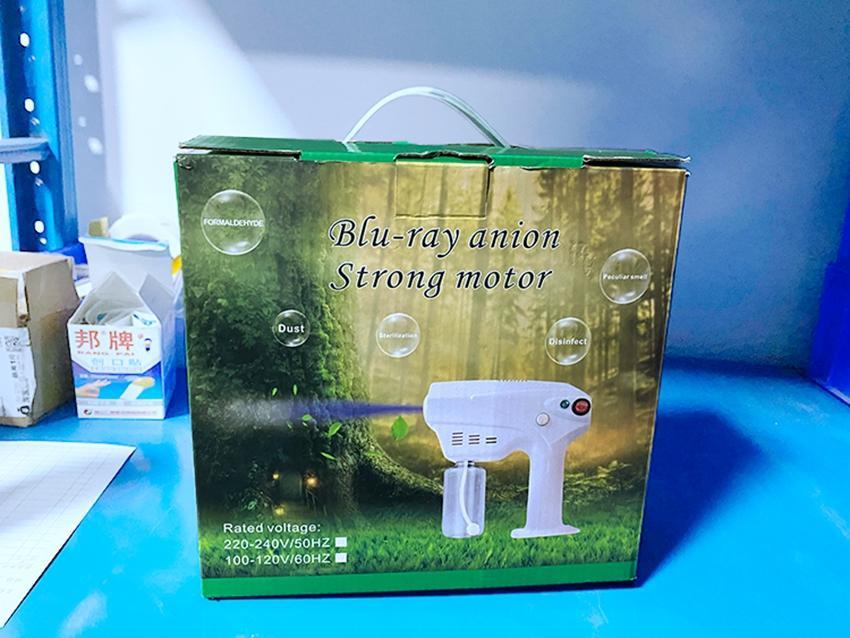 Nano de mano del arma de aerosol desinfectante Blue Ray esterilizador 1300w 280ml spray Herramientas Máquina de neblina de agua del rociador de limpieza del hogar KKA8001