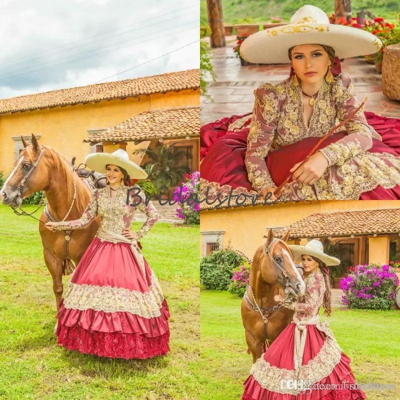 Traditionelle rote mexikanische Quinceanera-Kleider V-Ausschnitt bestickte Spitze Langarm Prom Cinderella Prinzessin Cowgirl Sweet 16 Geburtstag Kleid