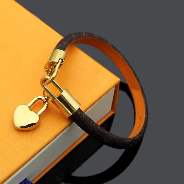 Bunun üst seviye zarif dört yapraklı çiçekleri desen çift bilezik altın KALP marka logolu lüks takı kadınlar deri tasarımcısı braceltes