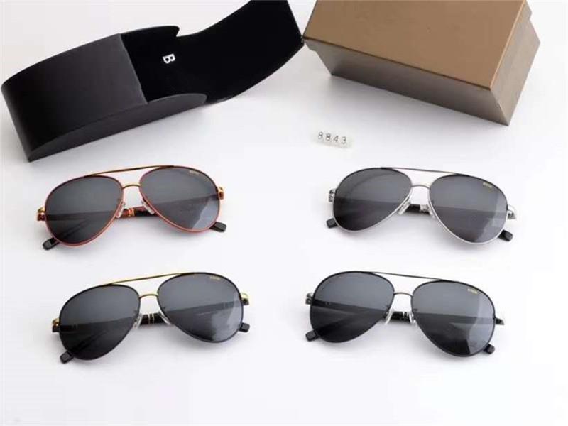High-end marchio Luxury Design polarizzati vetri di sole grandi occhiali da sole degli uomini degli occhiali da sole esterni di alta qualità con il pacchetto sicurezza 8843