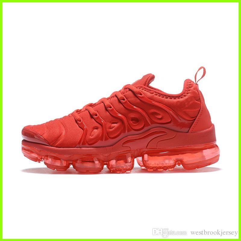 Marka TN Artı Tasarımcı Sneakers Womens TNS Ayakkabı Açık Gym Fitness Ayakkabı Beyaz Siyah Gri Sport Eğitmenler Chaussures Satış Çevrimiçi