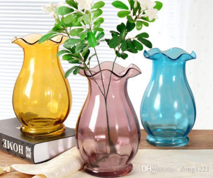 إناء من الزجاج الشفاف ترتيب الزهور الصغيرة الطازجة غرفة الديكور الحلي الصغيرة الحلي غرفة المعيشة النبيذ زهرية الخيزران الغنية