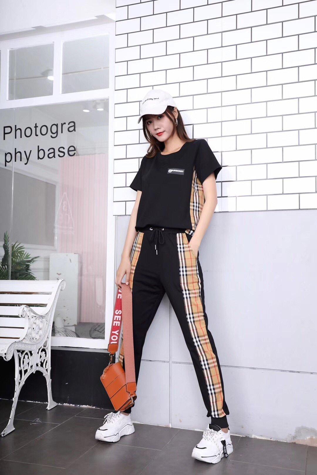 2020 nuevos deportes de las mujeres de moda de las nuevas señoras de cuello redondo de manga corta traje de los chándales Mans Imprimir 031402
