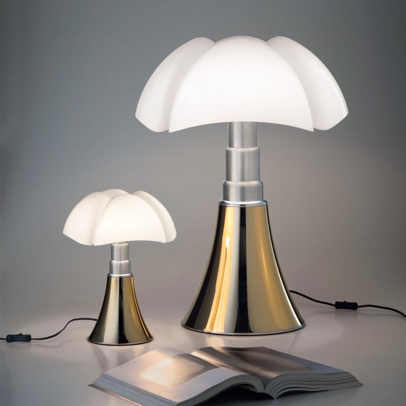 مارتينيلي لوسي في Pipistrello مصباح الفن مصمم الجدول مصباح الزجاج الأبيض مكتب الظل مصباح للنوم السرير فندق ليلة الخفيفة