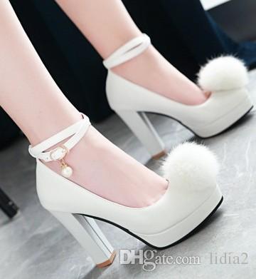 Neue Ankunft Heißer Verkauf Angebote Super Mode Edlen Sweety Stiletto Mädchen Runden Kopf Leder Pelz Ball Schnalle Gezeiten Einzelne Fersen Schuhe EU34-39
