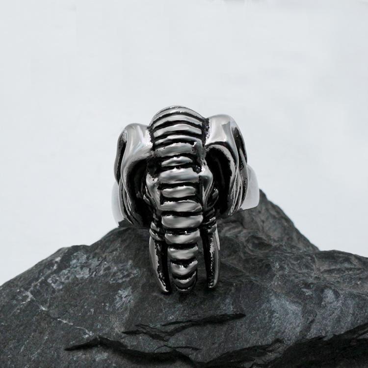 2020 New Artschmucksachegroßverkauf Europa und Amerika Domineering neue Art-Herrenmode Persönlichkeit Titan Stahl-Elefant-Ring Tier Eleph