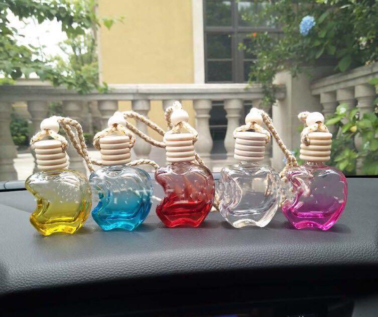 Neue Art und Weise 100PCS / LOT Glasminihänge Auto-Duftstoff-Flasche Dampf Autozubehör leere Flasche freies Verschiffen Flasche