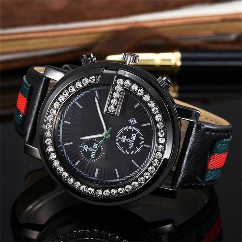 2019 Luxo diamante de cristal disque Homens / Mulheres Quartz 68tches couro moda banda 68tch ter o logotipo dos homens 68tches Atacado, 68