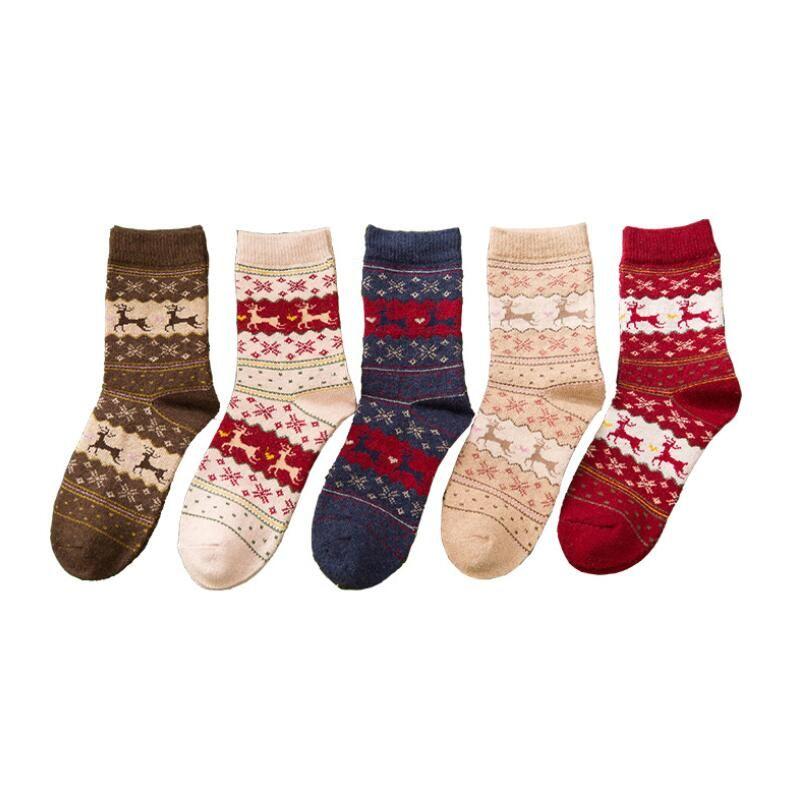NEW Christmas Deer Moose Design Casual Warm Winter Knit Wool Female Socks Christmas Decoration Supplies 20 Pair