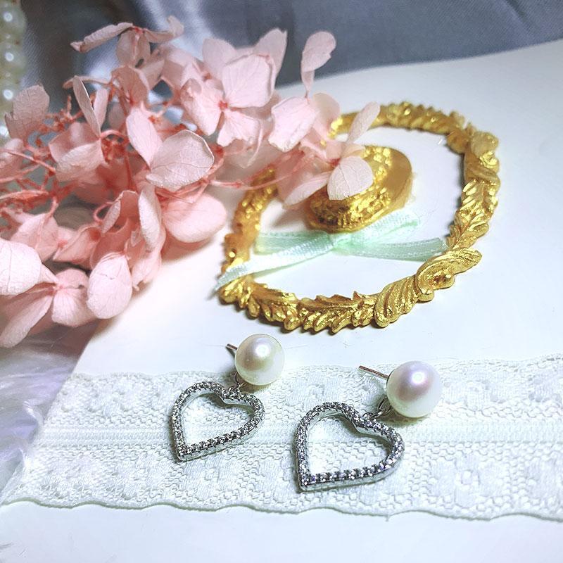 Fashion Pearl Love Shape Earrings 925 Sterling Silver for Women