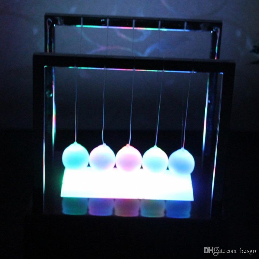 Toptan İki Boyut Büyük Newton Denge Topu LED Sarkaç Erken Eğitim Beşik Dengesi Renkli Toplar Masa Dekor Oyuncak DH1091-2 T03