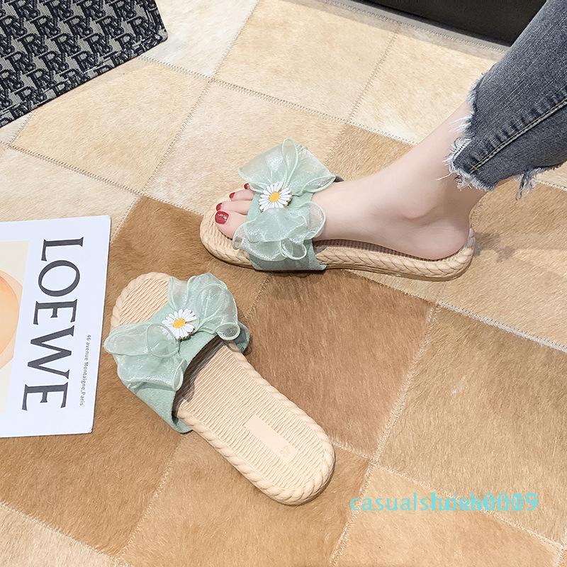 2020 été nouveau design de luxe arc petite marguerite refroidisse pantoufles plates femmes sandales mot sauvage de mode de fées loisirs de plein air L15