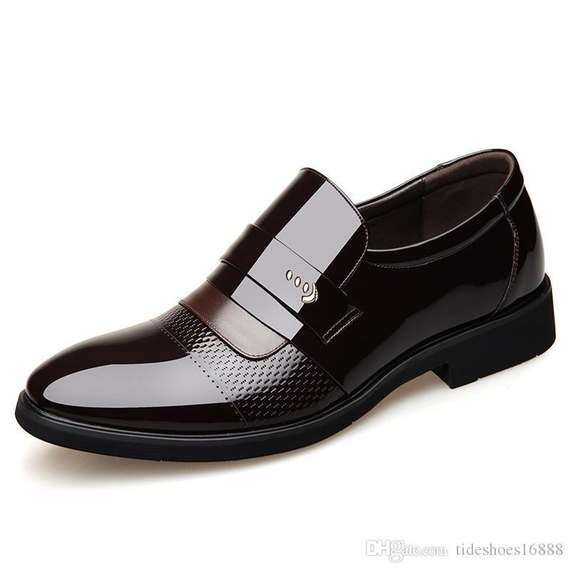 Qualität Spitze Formale Männer Kleid Schuhe Neue 2019 Lackleder Hochzeit Aufzug Schuhe für Männer Slip on Elegante Schwarze Lederschuh