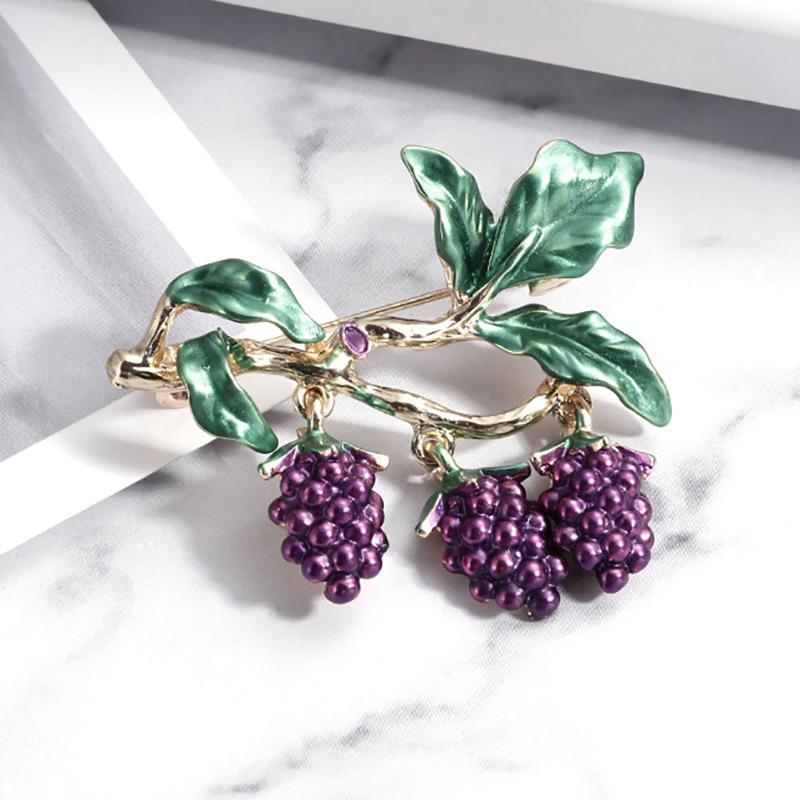 Capa de la vendimia del Rhinestone de lujo de diseño de uva Broche para las mujeres de moda de la fruta pernos esmalte Accesorios regalo