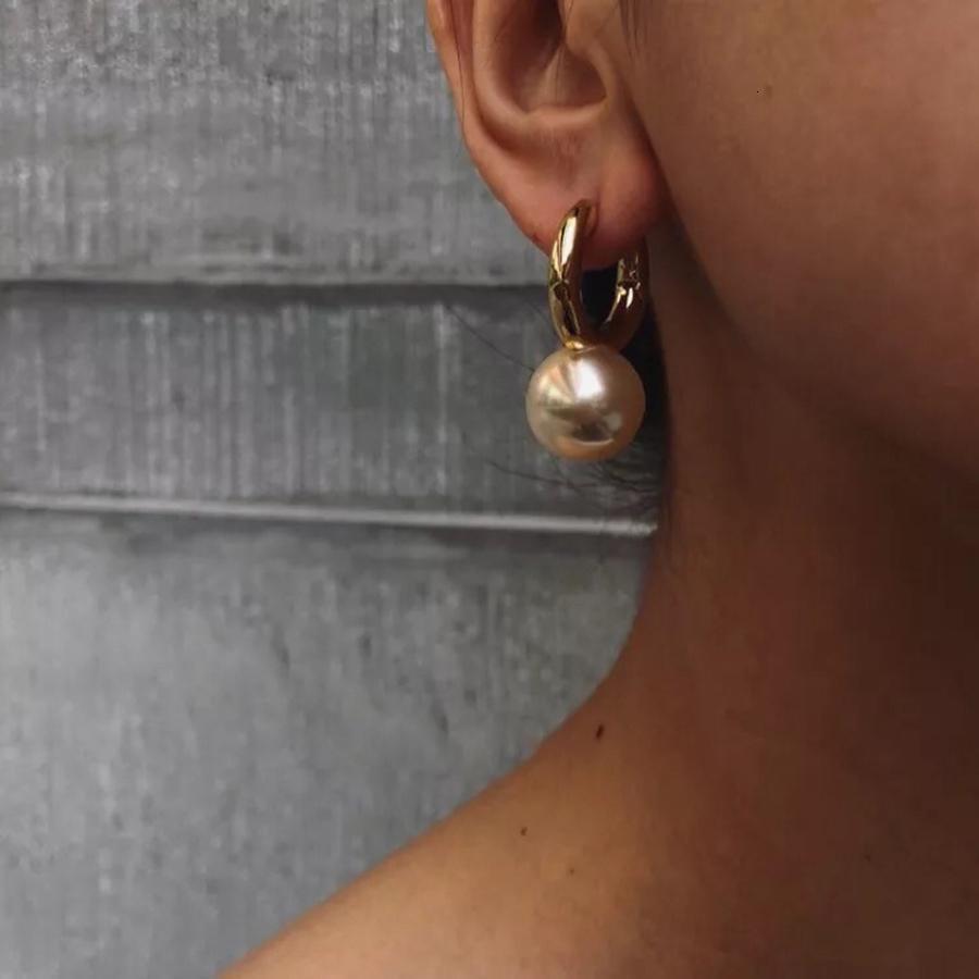Kadınlar Lüks Zarif Marka Bijoux SH190930 İçin Tasarımcı Takılar Moda Büyük Yuvarlak İnci Damla Küpe Yüksek Kalite Altın Dangle Küpe