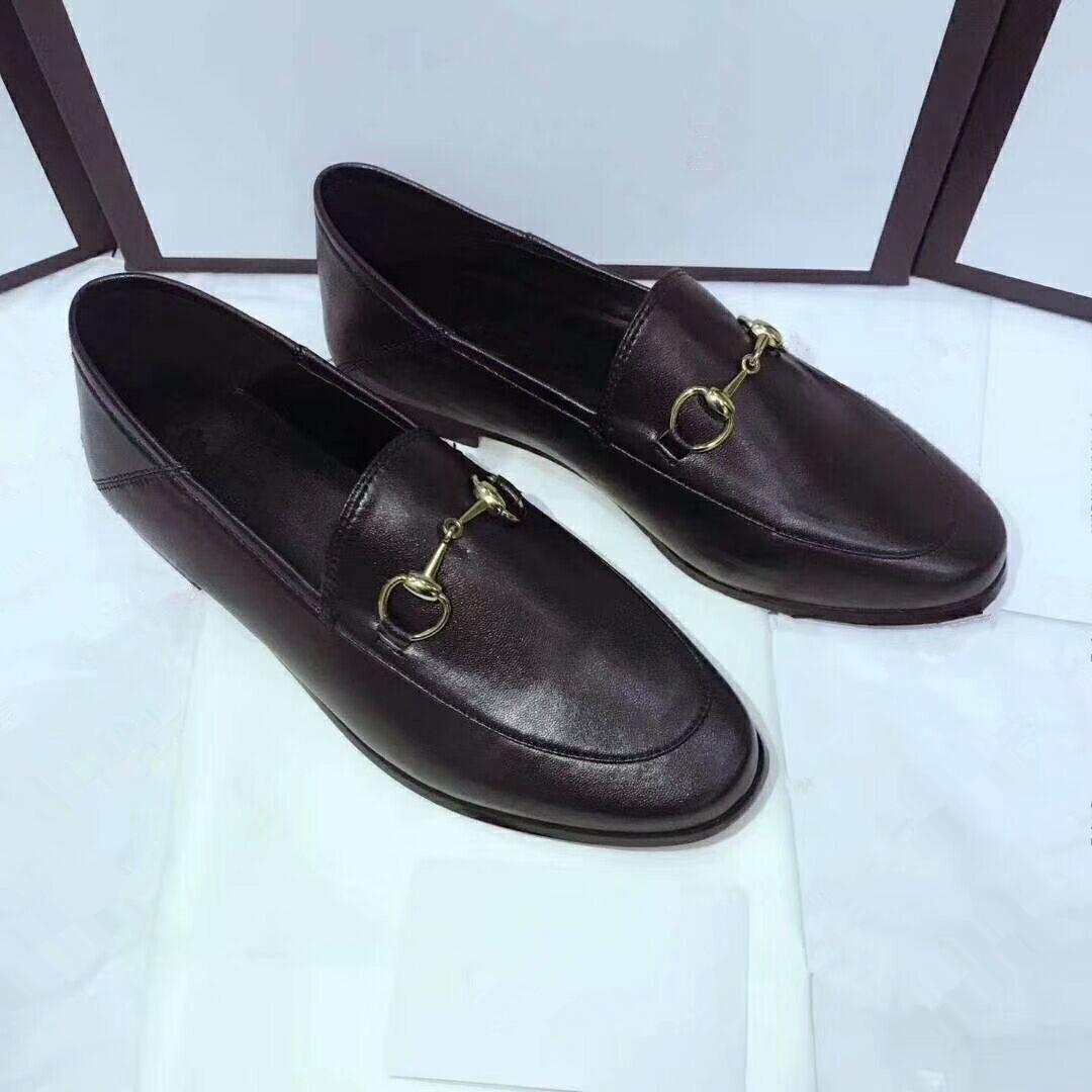 2020 luxury gucci shoes nova de couro liso Flats mulas couro abelha bordada Horsebit loafer menina com fivela Tamanho 35-41 cores em estoque