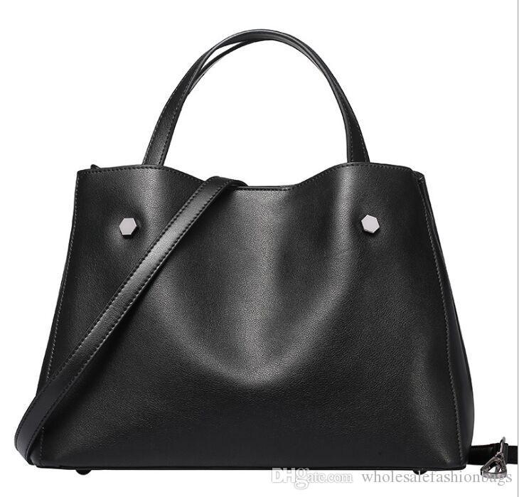 Yepyeni yüksek kaliteli kadın hakiki deri avrupa moda lüks gerçek dana çanta omuz çantası taşımak çanta S19