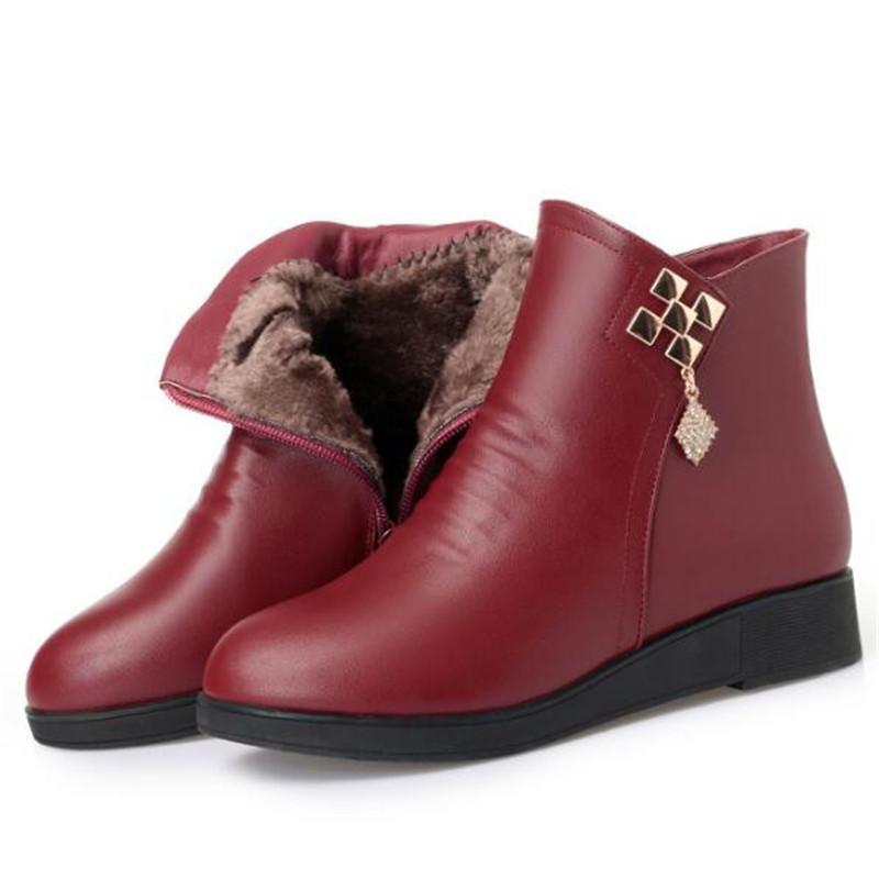 De nouvelles chaudes élégant Bottes hiver de mode Chaussures Casual chaud femme Bottes plates antidérapante en cuir véritable hiver pour femmes