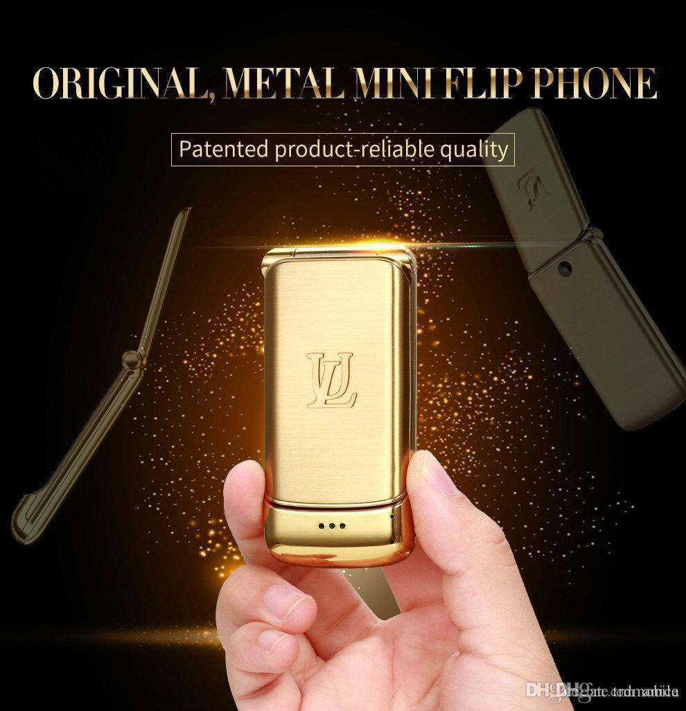 """Déverrouillé V9 Mini Téléphone mobile flip 1,54"""" petit téléphone sans fil Bluetooth Fonction Dialer FM MP3 Boîtier métallique mobile GSM Quad CellPhone 4-bandes"""