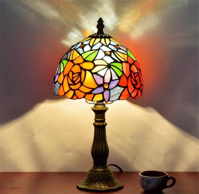 유럽 창조적 인 목가 로즈 바 침실 침대 옆 테이블 램프 미국 티파니 스테인드 글라스 조명 TF001