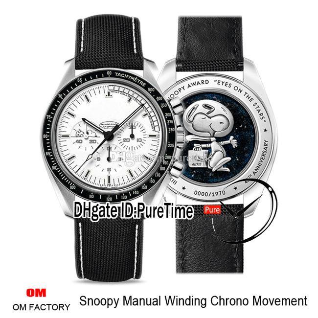 OMF Moon Silber Snoopy Anniversary Handaufzug Chrono Herrenuhr Weiß Dial Schwarz Nylon White Line 311.32.42.30.04.003 Puretime 02