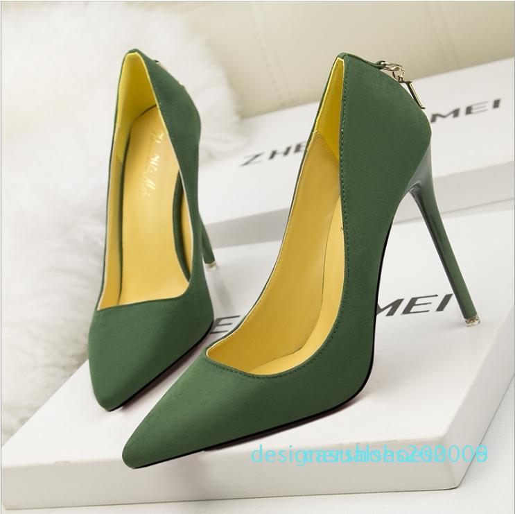 Fasion classique d'affaires Chaussures femmes Chaussures à talon avec boucle D mot design de haute qualité Chaussures pour dames d06