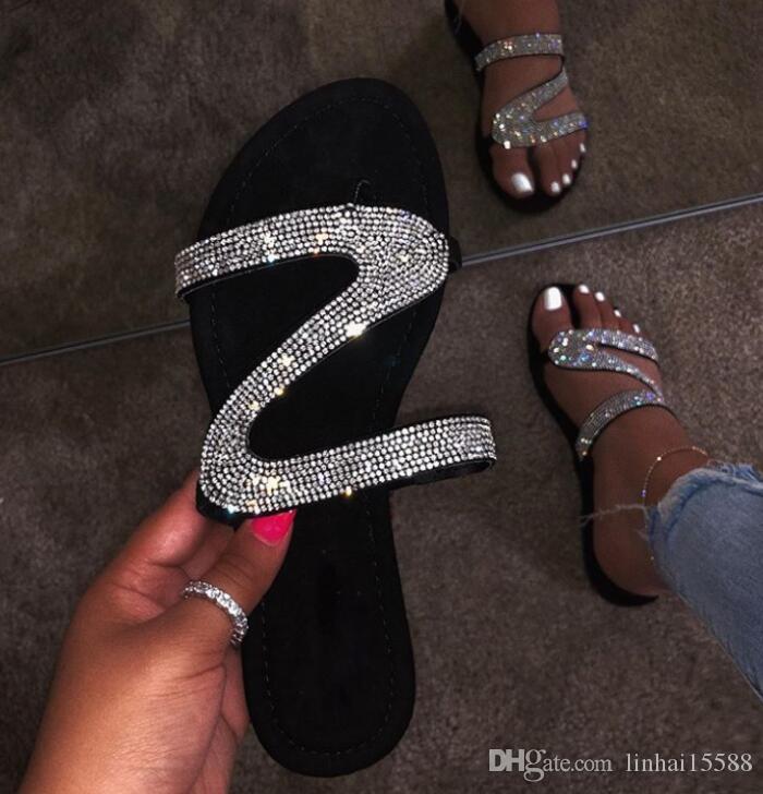 Diamante sandali degli appartamenti Slides Estate dal design di lusso spiaggia al coperto scarpe piane G Marca pantofole dei sandali Casa Infradito Con Spike sandalo