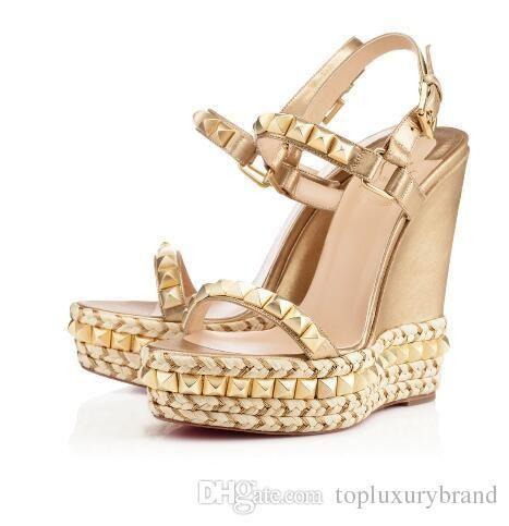 Adı kadına ayakkabı pompaları kadın ayakkabı Lüks erkek ayakkabı perçinler düğünle alt Kadınlar sandalet cataclou takozları sandalet kırmızı tasarımcılar