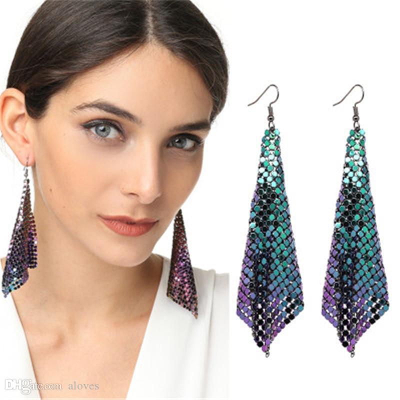 Européenne et américaine fashion dames boucles d'oreilles paillettes métalliques boucles d'oreilles gland créatif nouvelle géométrie carrée longues boucles d'oreilles
