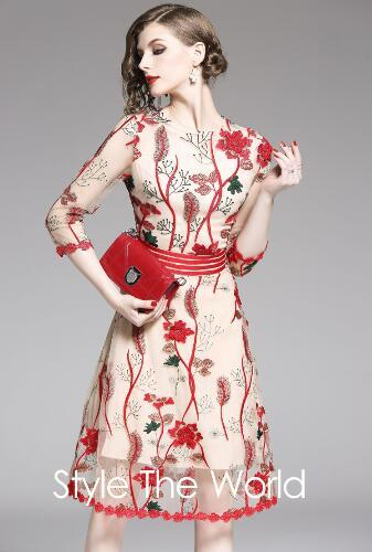 Spring and Autumn New Women's seven sleeve round neck heavy industry lace mesh embroidery three-dimensional flower show thin dress