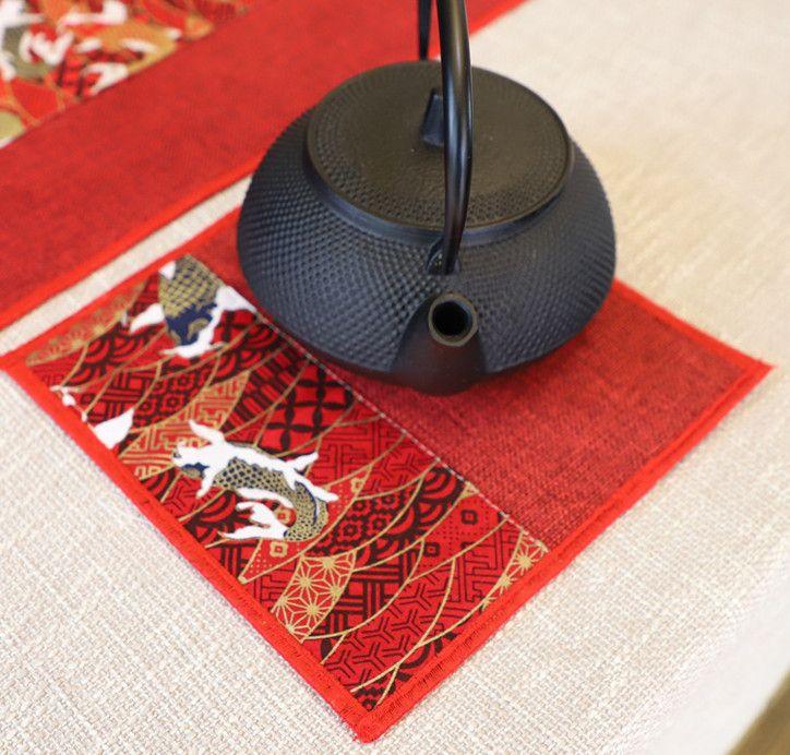 Neueste Patchwork glückliche Fische Tabelle Tischset Baumwolle Leinen Esstisch Mat Rechteck Weinlese der chinesischen Art Tee Mats Isolierungsauflage 1pcs
