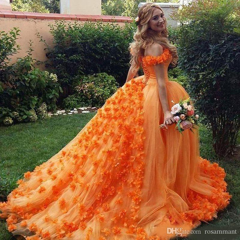 Vestido de fiesta naranja Vestido de fiesta Flores hechas a mano Vestido de quinceañera Hombro con cordones Parte posterior Lujoso dulce 15 vestidos de fiesta