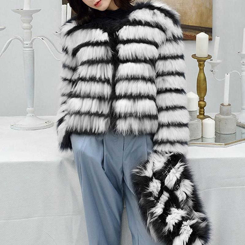 Kış Palto Outercoat dış giyim Moda Kadınlar Siyah ve Beyaz Çizgili taklit kürk ceket uzun kollu O-Boyun kürk ceket Sıcak Casual
