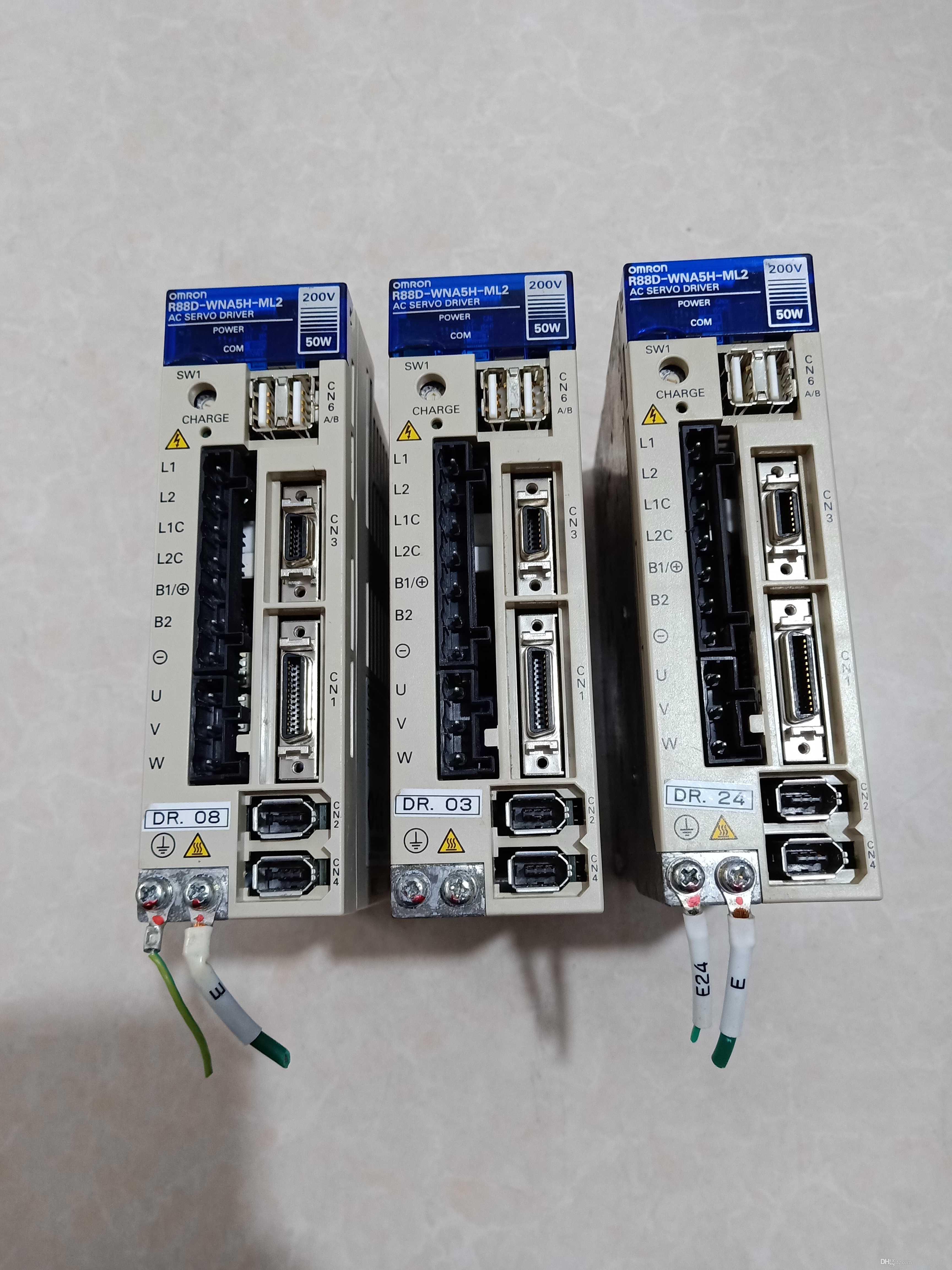 1 PC Omron Servo Drive R88D-WNA5H-ML2 Teste Usado Em Bom Estado Por Favor entre em contato conosco verificar Estoque e Preço Antes do Pagamento