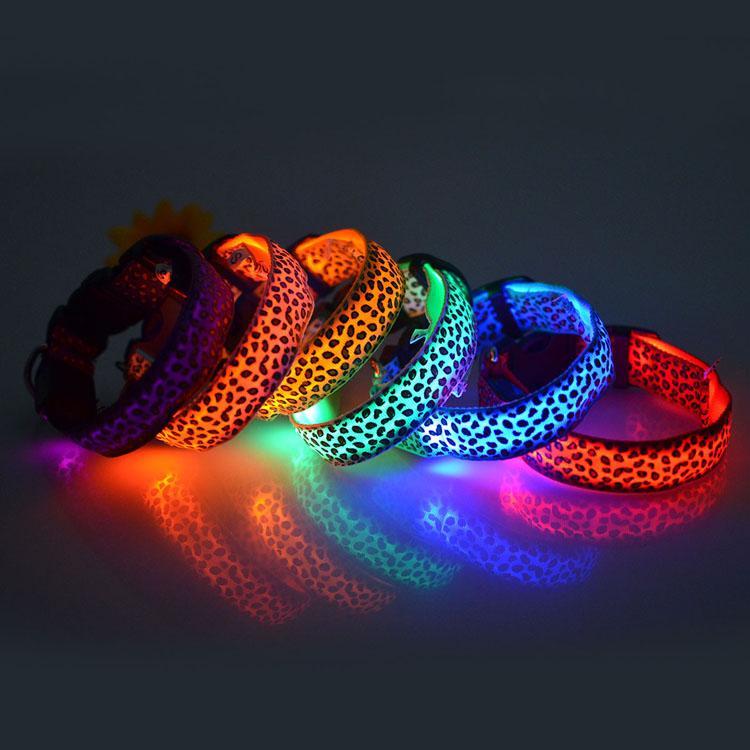 LED iluminado colar de cachorro leopardo cor de nylon luminoso colares para cães de caminhada brilhar na noite