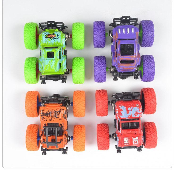 الأطفال دييكاست نموذج السيارات للأطفال محاكاة سيارة لعب الأطفال للاهتمام بارد بالقصور الذاتي 4WD SUV ألعاب 2020 نماذج الطفولة لعبة الأساسية